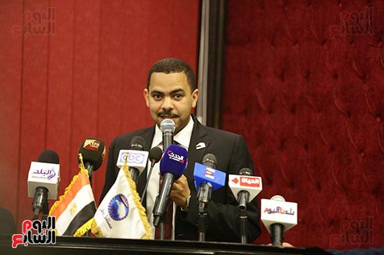 الجلسة الثانية للحوار الوطنى للأحزاب المصرية (21)