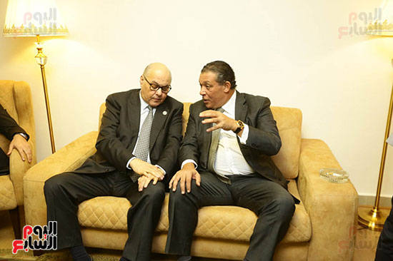 الجلسة الثانية للحوار الوطنى للأحزاب المصرية (27)