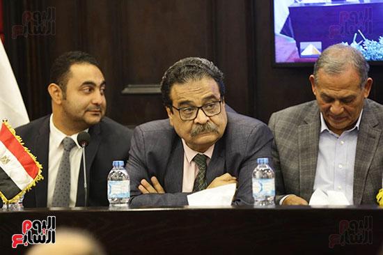 الجلسة الثانية للحوار الوطنى للأحزاب المصرية (9)