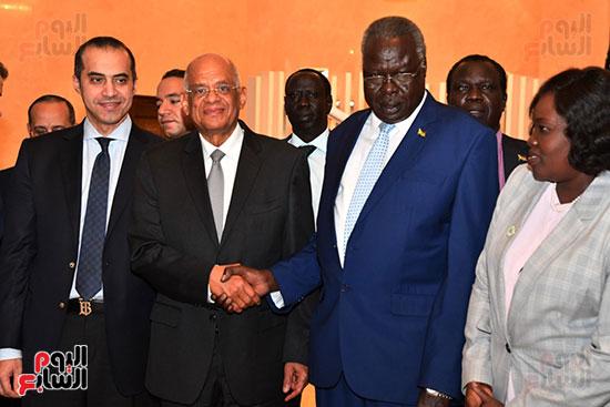 عبد العال يلتقى رئيس المجلس التشريعى الانتقالى بالإنابة بجنوب السودان (9)