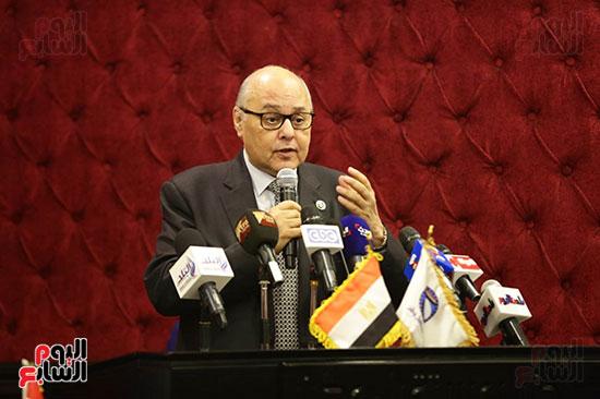 الجلسة الثانية للحوار الوطنى للأحزاب المصرية (11)