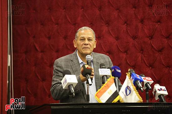 الجلسة الثانية للحوار الوطنى للأحزاب المصرية (10)