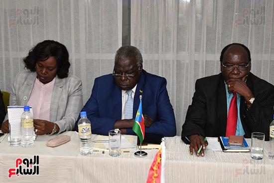 عبد العال يلتقى رئيس المجلس التشريعى الانتقالى بالإنابة بجنوب السودان (12)