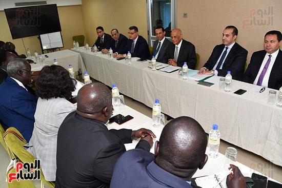 عبد العال يلتقى رئيس المجلس التشريعى الانتقالى بالإنابة بجنوب السودان (2)
