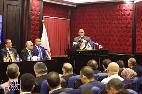 الجلسة الثانية للحوار الوطنى للأحزاب المصرية (12)