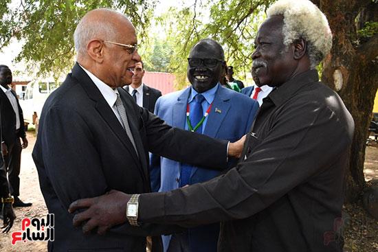 استقبال سلفا كير رئيس جمهورية جنوب السودان للدكتور على عبد العال (3)