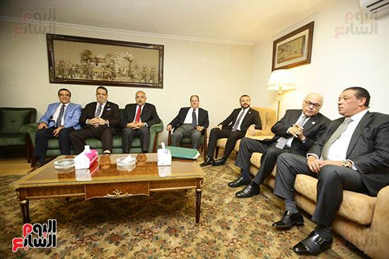 الجلسة الثانية للحوار الوطنى للأحزاب المصرية (36)