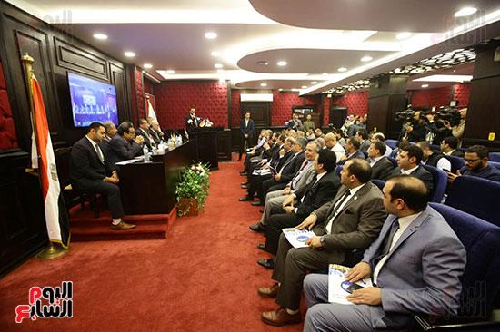 الجلسة الثانية للحوار الوطنى للأحزاب المصرية (14)