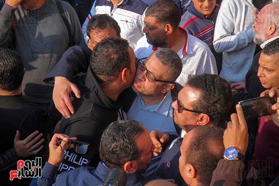 تشييع جثمان شعبان عبد الرحيم (2)