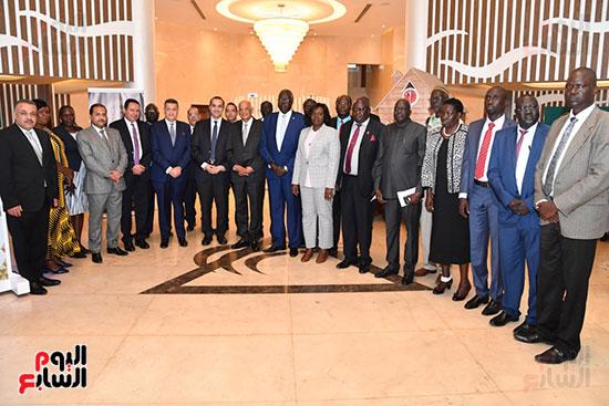 عبد العال يلتقى رئيس المجلس التشريعى الانتقالى بالإنابة بجنوب السودان (15)