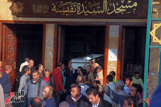 تشييع جثمان شعبان عبد الرحيم (4)