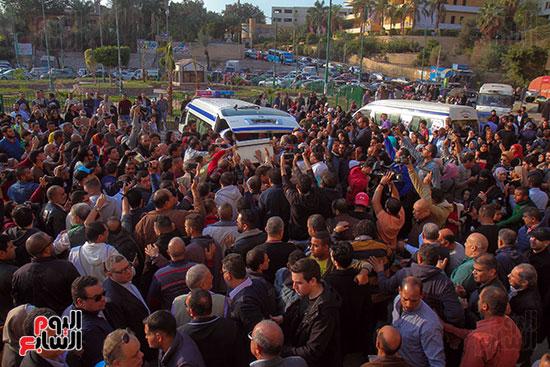 تشييع جثمان شعبان عبد الرحيم (8)