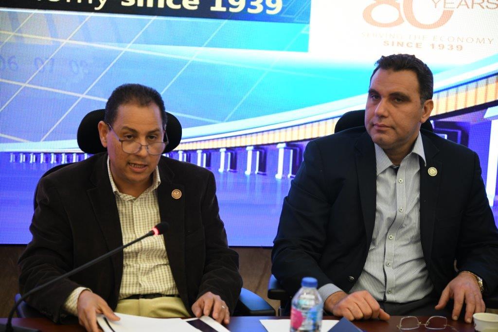 محمد عمران رئيس الهيئة العامة للرقابة المالية ونائبه خالد النشار