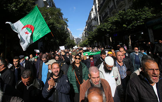 مظاهرة مناهضة للحكومة فى الجزائر