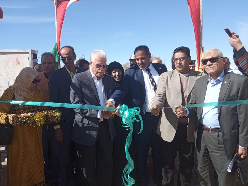 محافظ جنوب سيناء يفتتح ملعبا خماسيا بوادى مكتب والكليو 9  (7)
