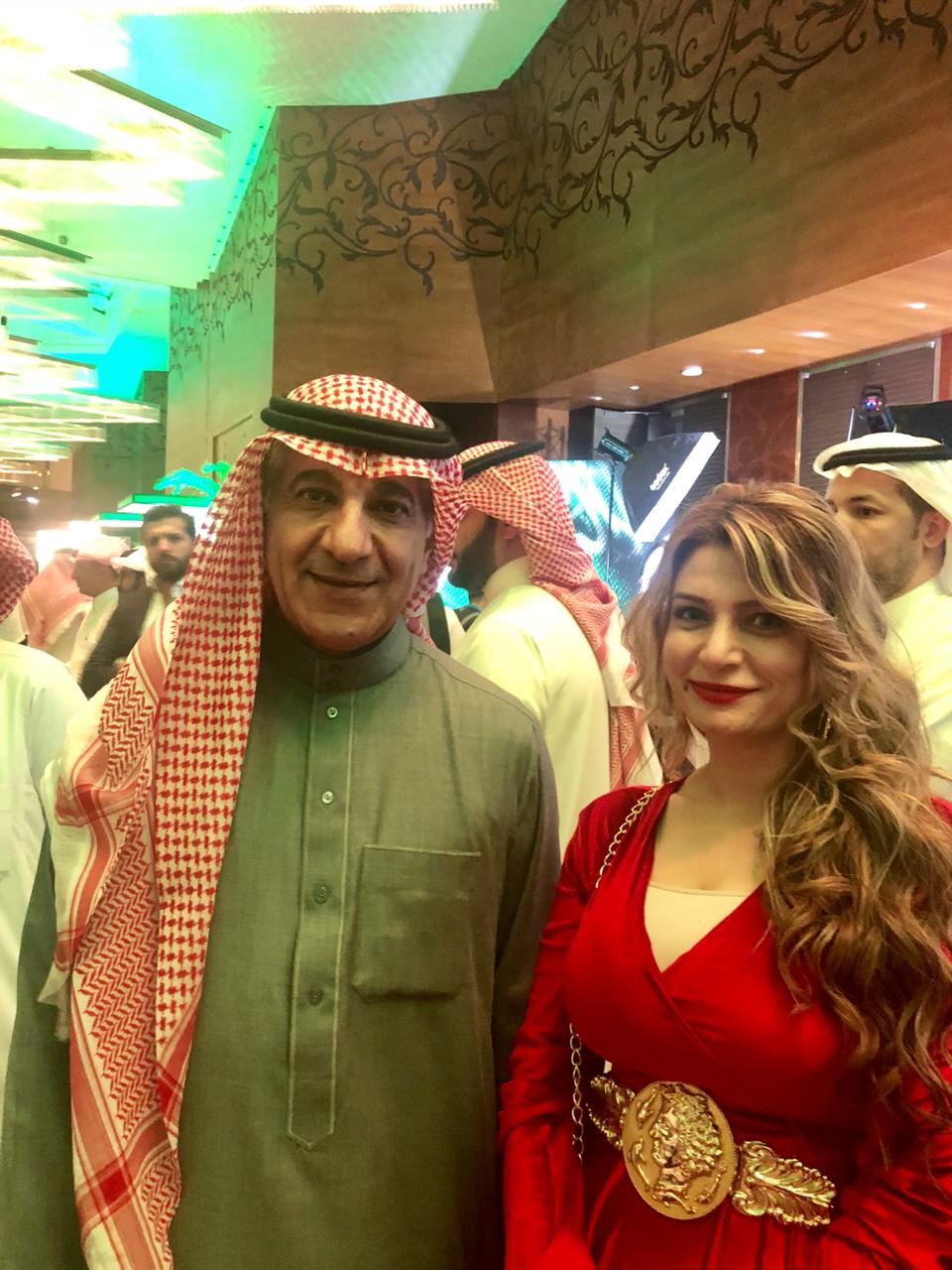 محررة اليوم السابع مع وزير الإعلام السعودى