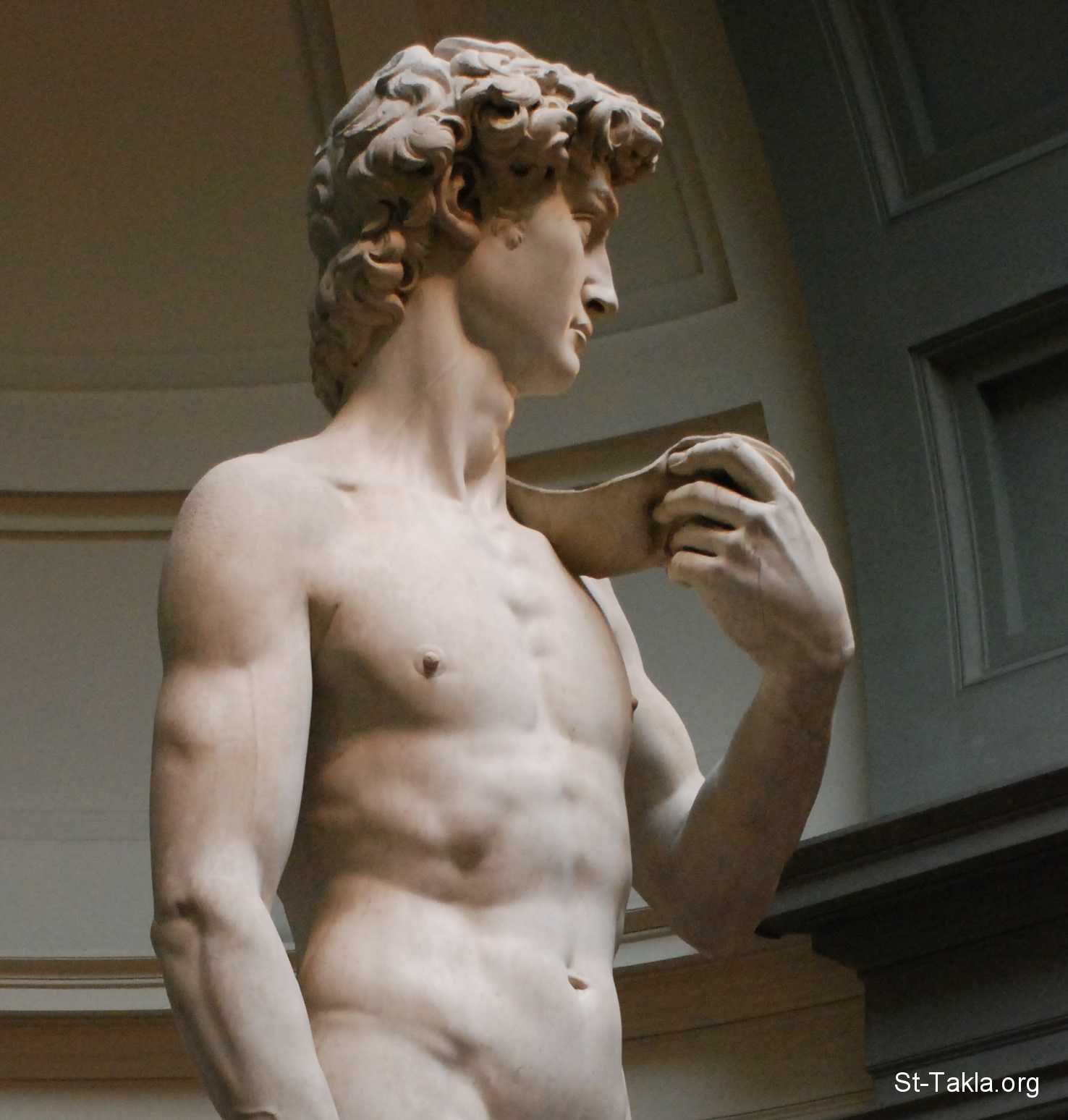 تمثال داوود لـ مايكل أنجلو