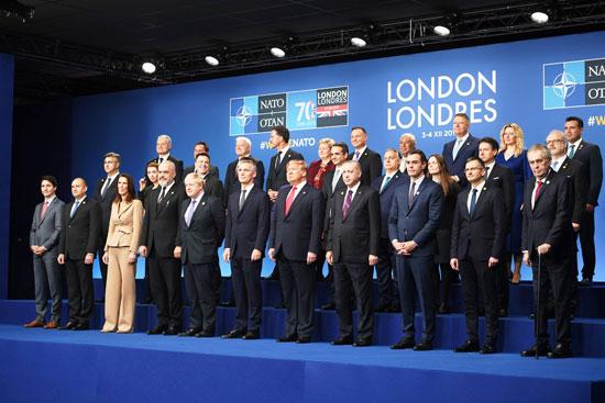 صورة-جماعية-للقادة-المشاركين-بالقمة