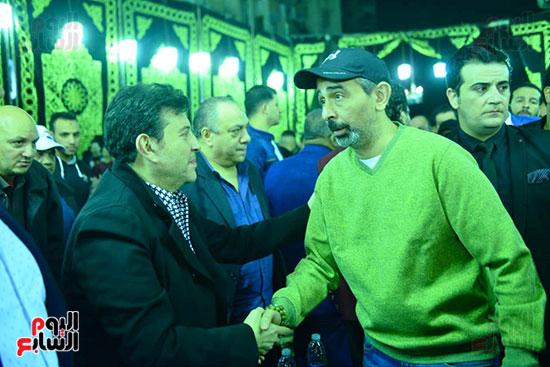 هانى شاكر والممثل مصطفى هريدى فى عزاء شعبان عبد الرحيم
