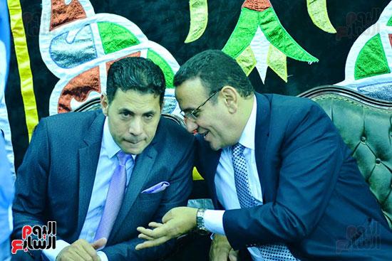 سعيد حساسين فى عزاء شعبان عبد الرحيم