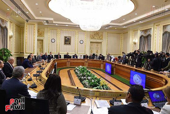 مؤتمر صحفى لرئيس الوزراء ومحافظ البنك المركزى (6)