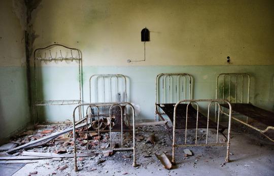 مستشفى الأمراض العقلية المهجورة