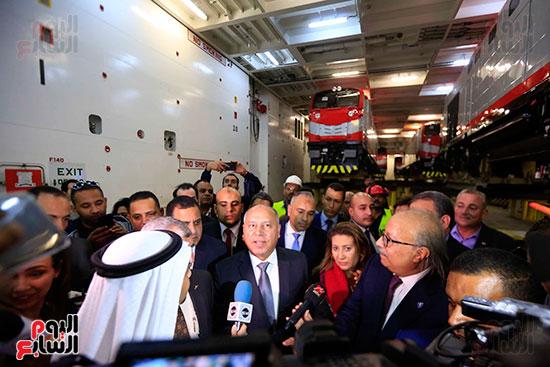 وزير النقل يستلم الجرارات الحديثة (5)