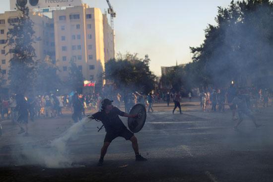 العنف يهيمن على المشهد فى تشيلى