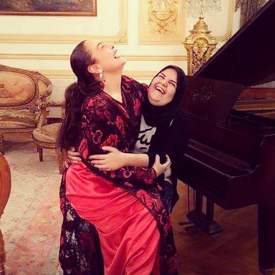 شريهان وحفيدة شقيقتها جيهان