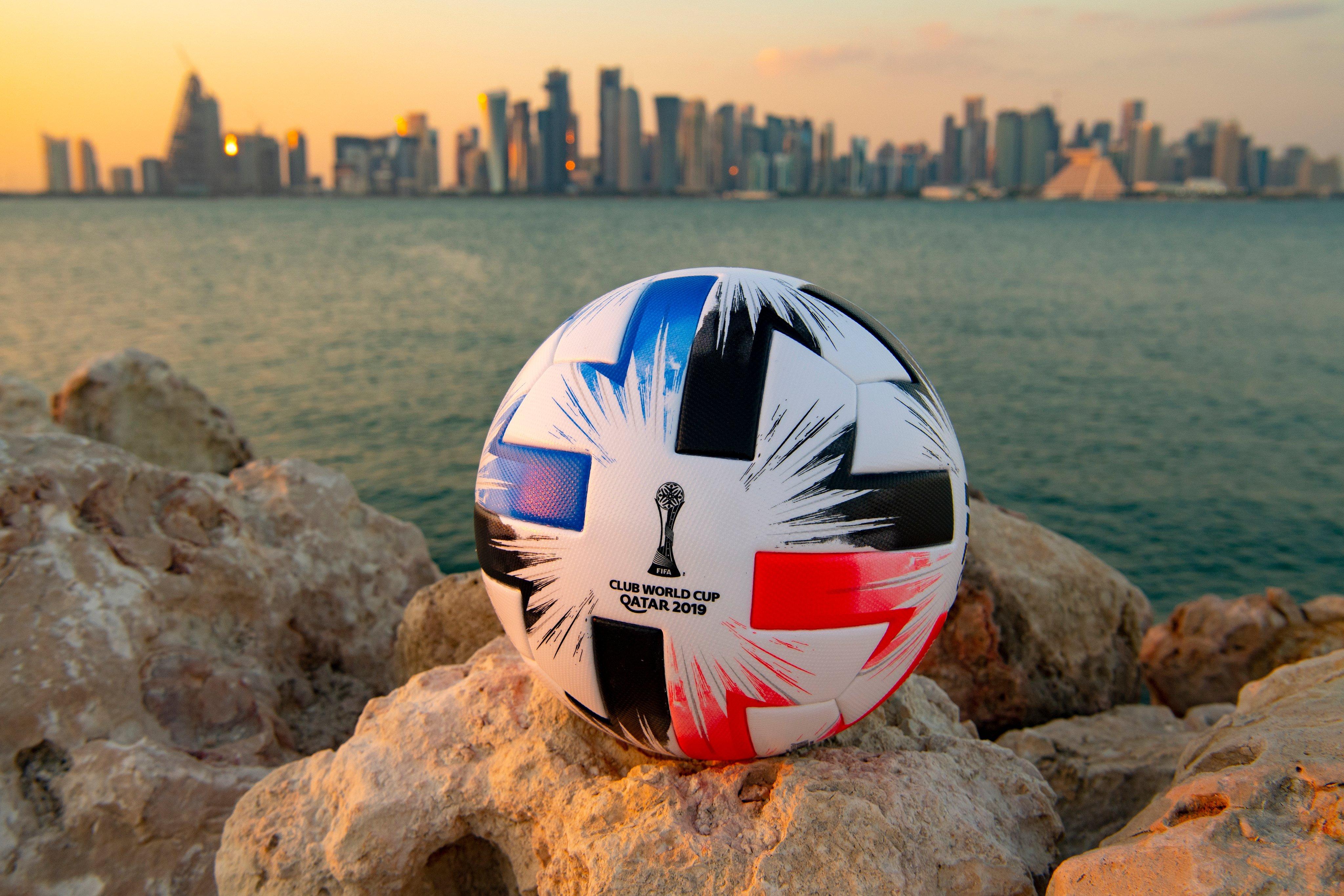 الكرة الرسمية لكأس العالم للاندية