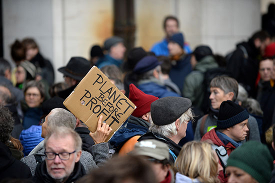 مظاهرة احتجاجا على تغير المناخ فى بروكسل