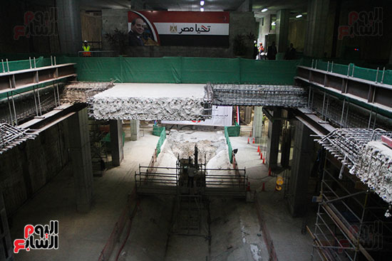 رئيس الوزراء يشهد دخول ماكينة الحفر العميق لمحطة ماسبيرو (2)