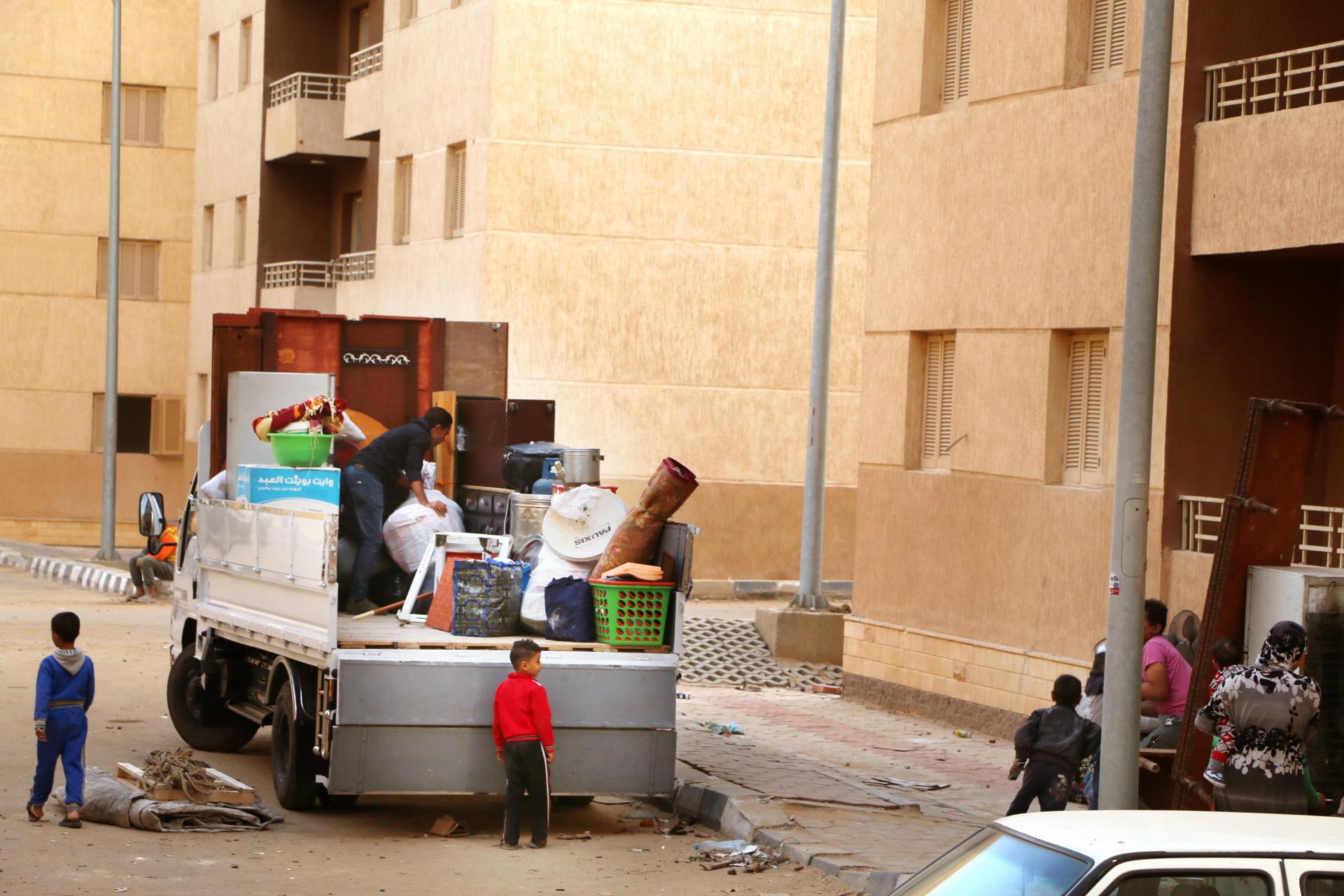 تسكين4113 أسرة من سكان المناطق الخطرة بمساكن حضارية  (3)