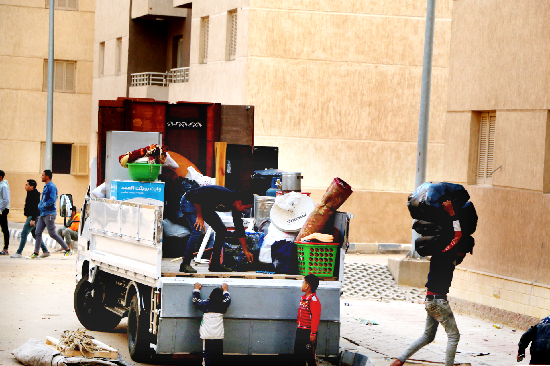 تسكين4113 أسرة من سكان المناطق الخطرة بمساكن حضارية  (2)