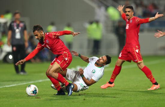 البحرين ضد السعودية (9)