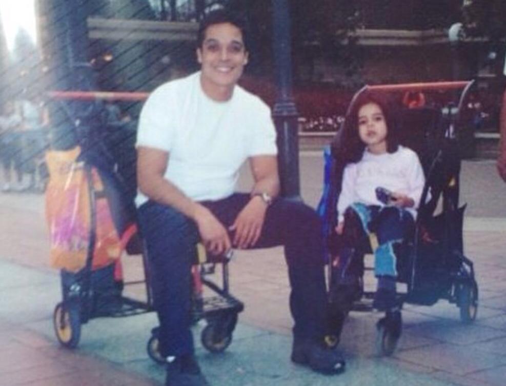 مريم عامر منيب مع والدها