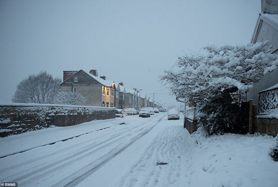الثلوج كست بريطانيا فو اسوأ موجة طقس منذ 7 سنوات  (7)