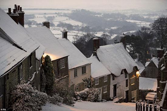 الثلوج كست بريطانيا فو اسوأ موجة طقس منذ 7 سنوات  (8)