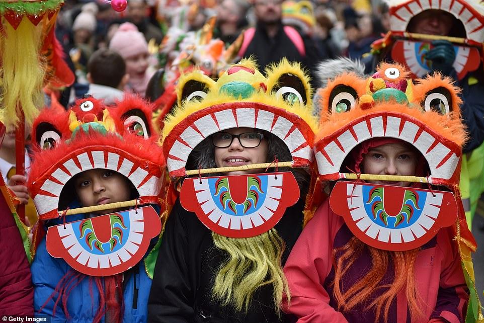 احتفال السنة الصينية الجديدة (6)