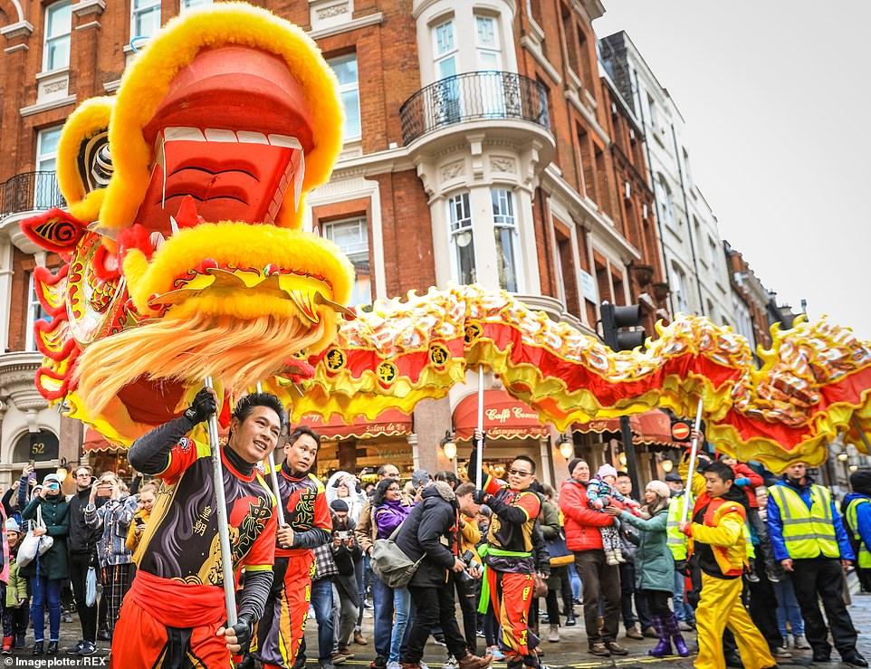 احتفال السنة الصينية الجديدة (1)
