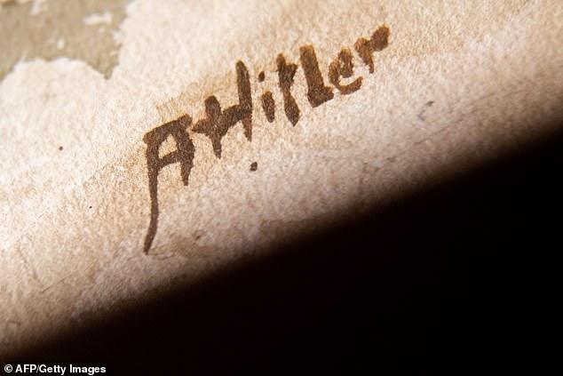 لوحات أدولف هتلر  (4)