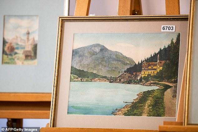 لوحات أدولف هتلر  (5)