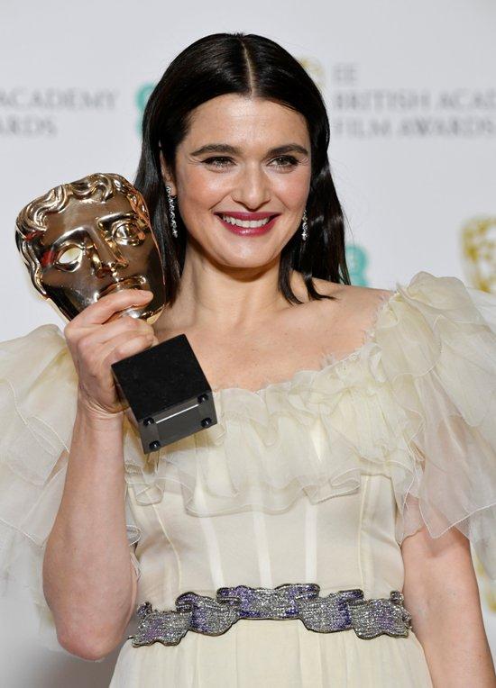 2019-02-10T203710Z_1632928631_RC1EC8E9C800_RTRMADP_3_AWARDS-BAFTA