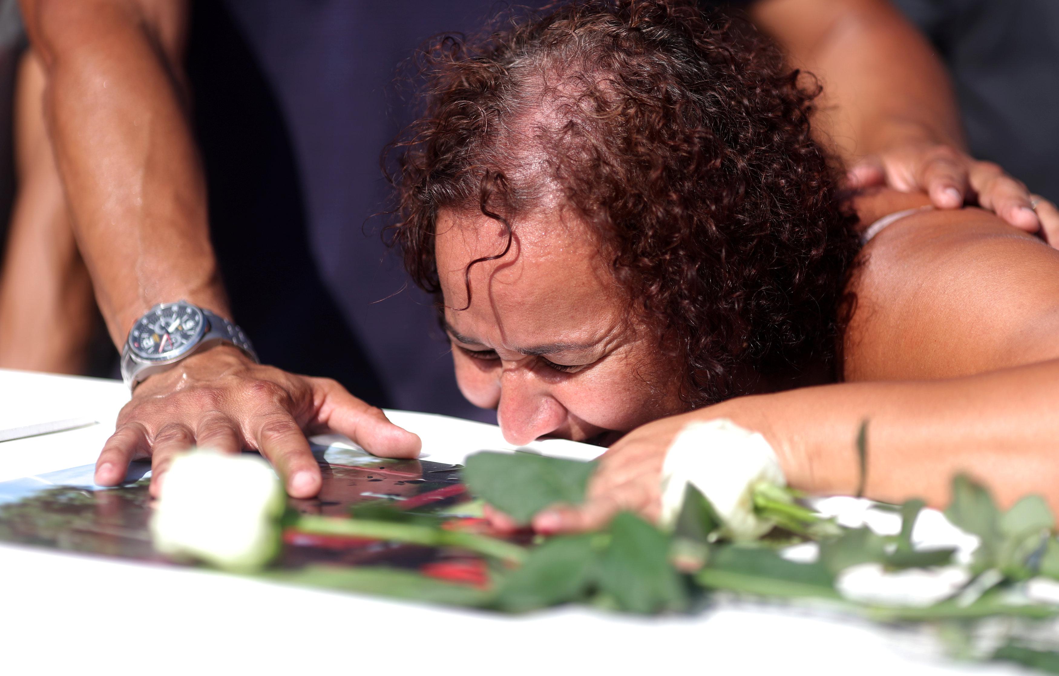 تشييع جثامين قتلى حريق مركز تدريب نادى فلامنجو البرازيلى (1)