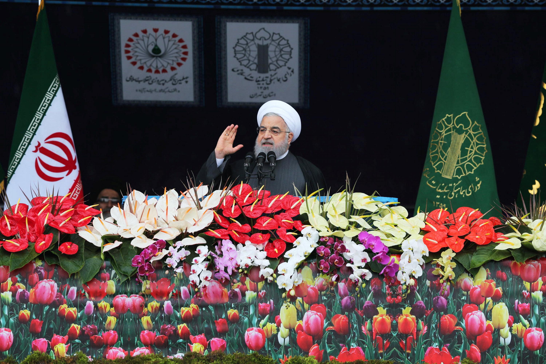 الرئيس الإيرانى يلقى خطابا بمناسبة الذكرى الـ40 للثورة