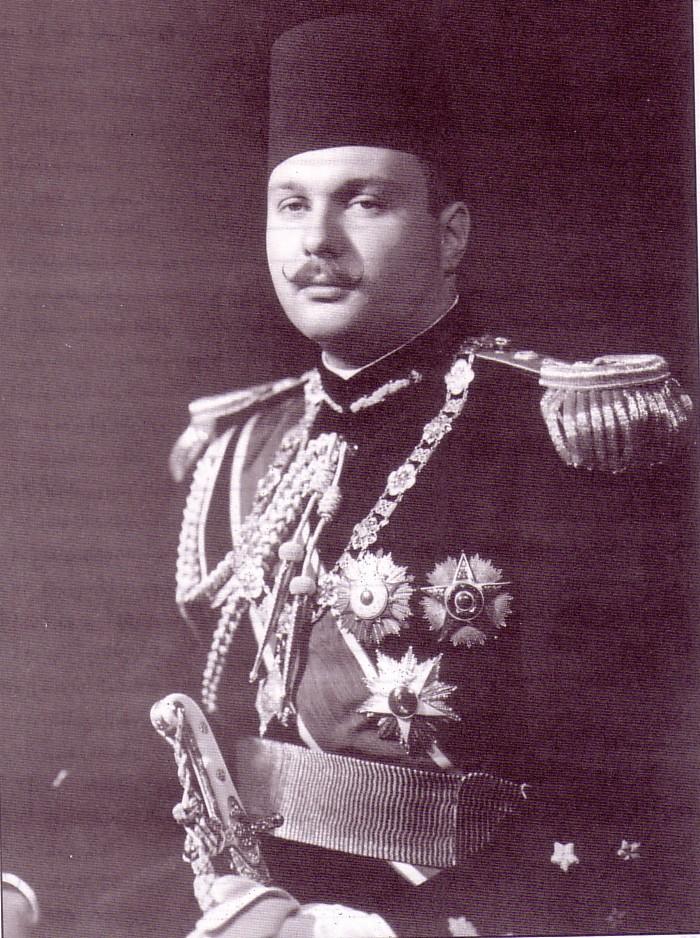 الملك فاروق بعد توليه الحكم