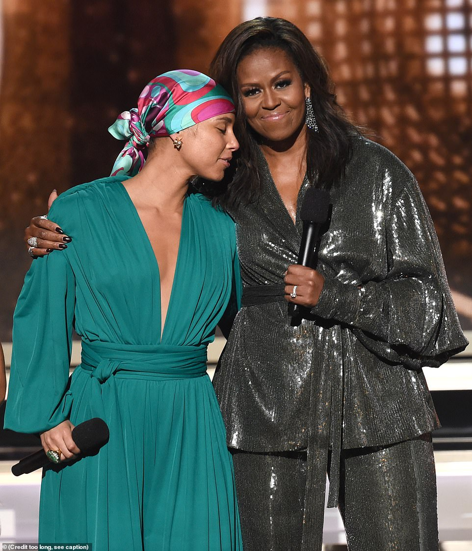ميشيل أوباما وإليشا كيز