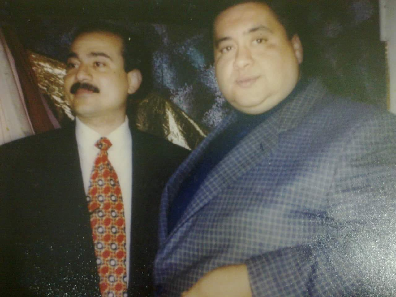 علاء ولى الدين مع ابن عمه