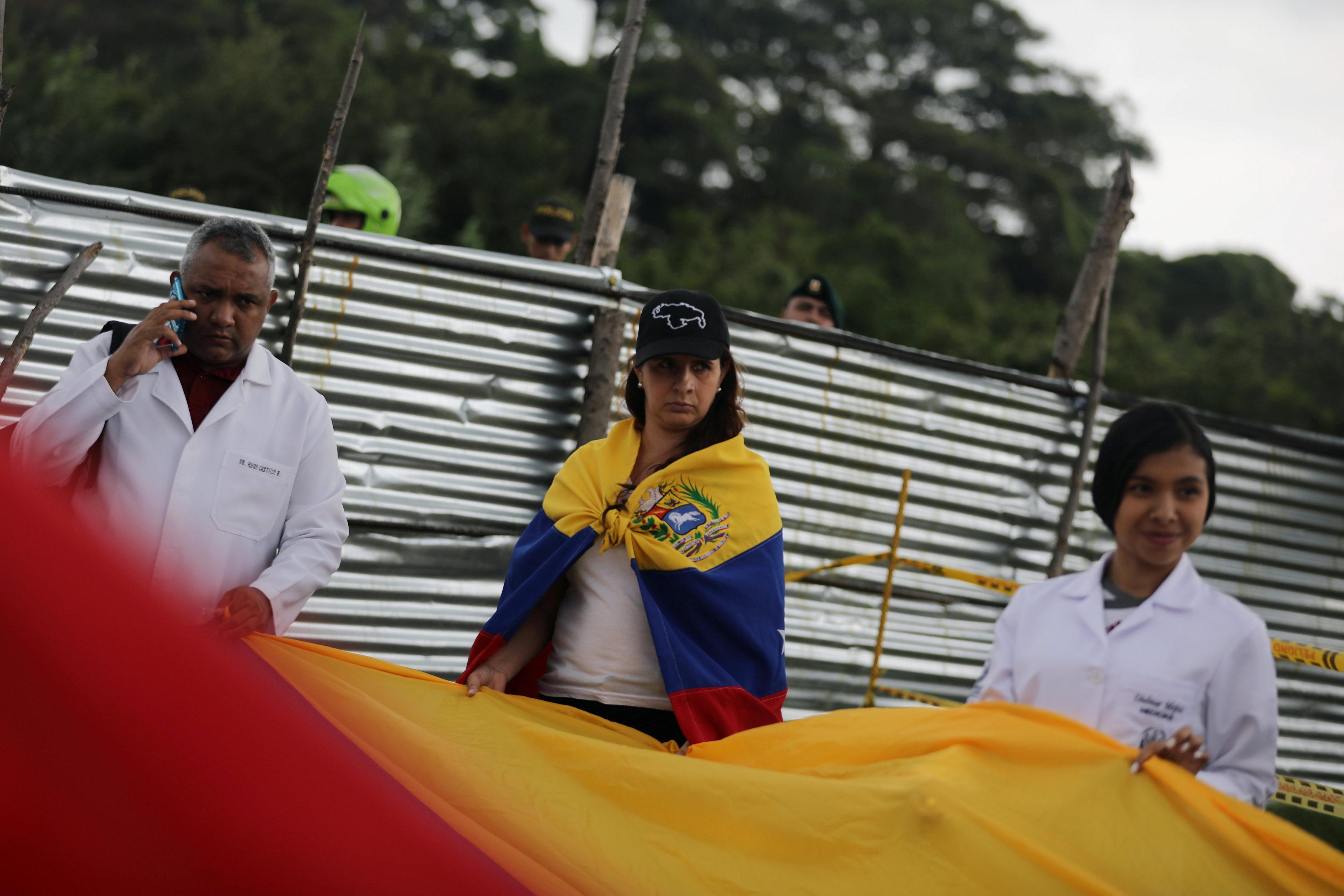 أطباء فنزويلا يحتجون بسبب الأوضاع المأساوية (1)