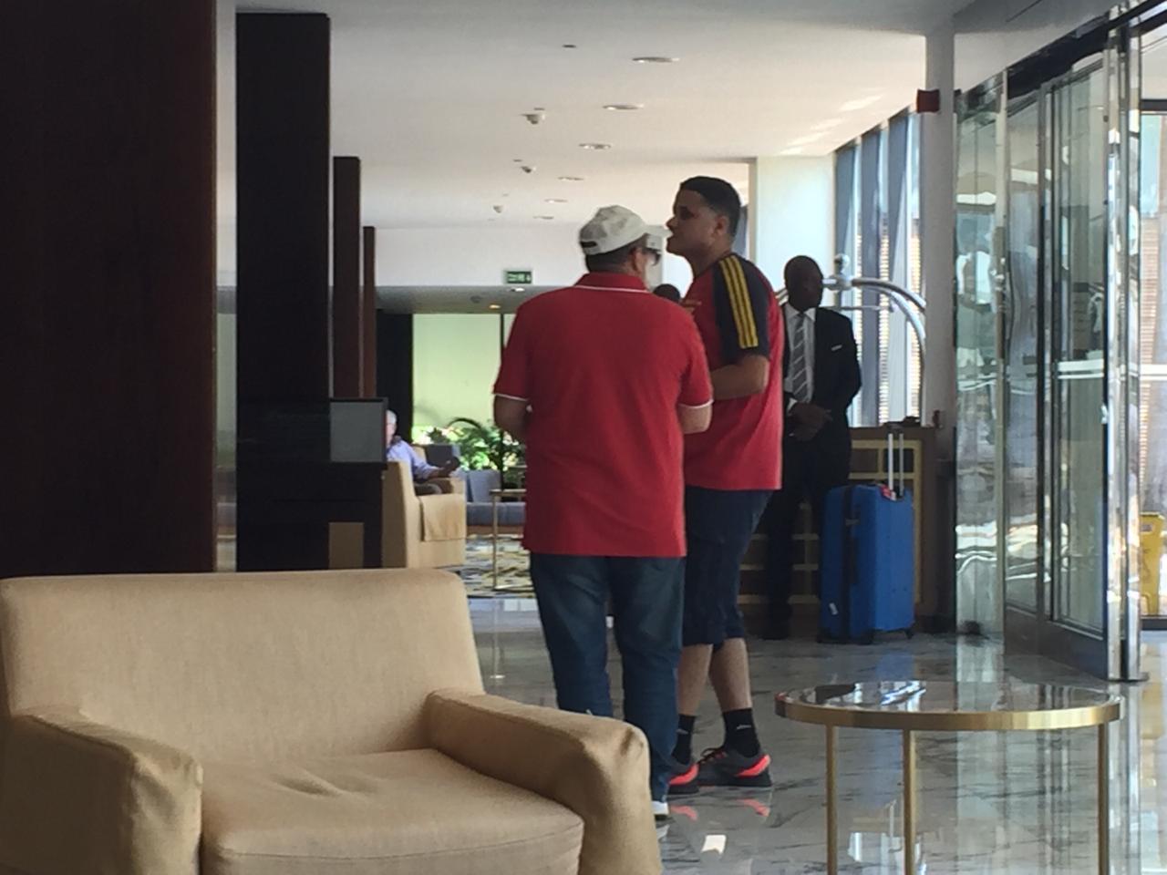 جمهور الأهلى فى فندق الإقامة